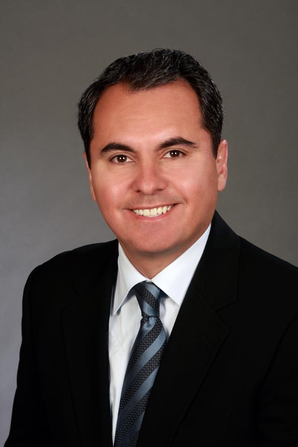 Dr. Daniel D. Esmaili