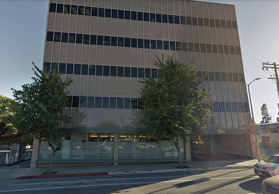office building at 12840 Riverside Dr, North Hollywood, CA